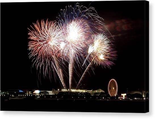 Fireworks In Chicago Canvas Print