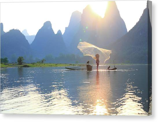 Fishing On The Li River Canvas Print