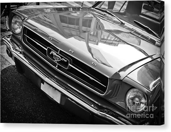 Ford Mustang Vintage 2 Canvas Print
