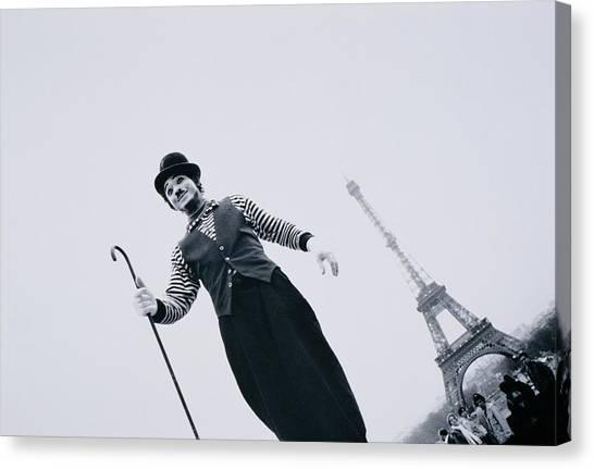 France, Ile-de-france, Paris, Mime Canvas Print