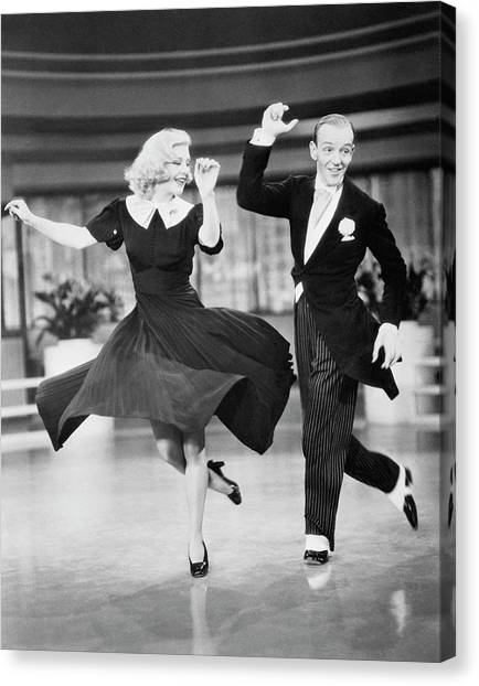 Fred Astaire And Ginger Rogers Dancing Canvas Print