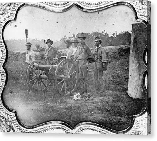 Free-state Battery Canvas Print by Hulton Archive