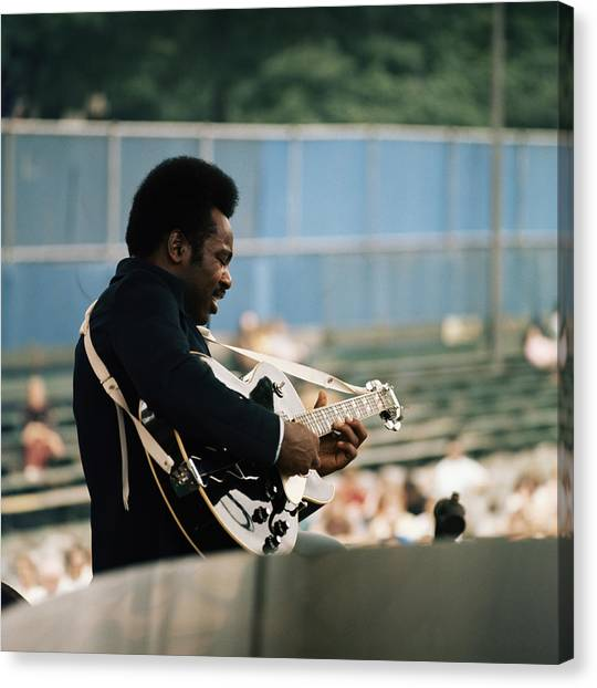 George Benson On Stage Canvas Print by David Redfern