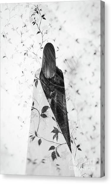 Girl #0571 Canvas Print