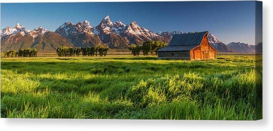 Grand Teton Np - Escaping The Crowd Canvas Print