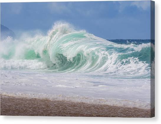 Hawaiian Shorebreak Canvas Print
