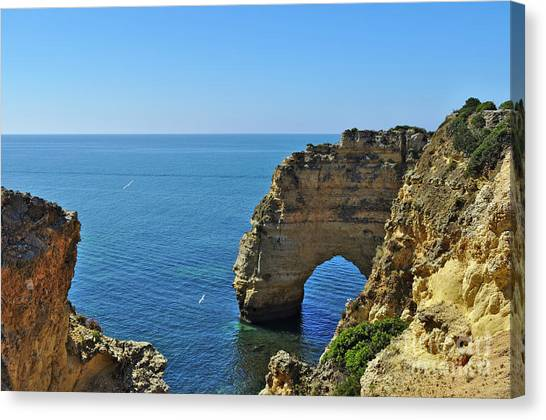 Hidden Arch In Marinha Beach Canvas Print