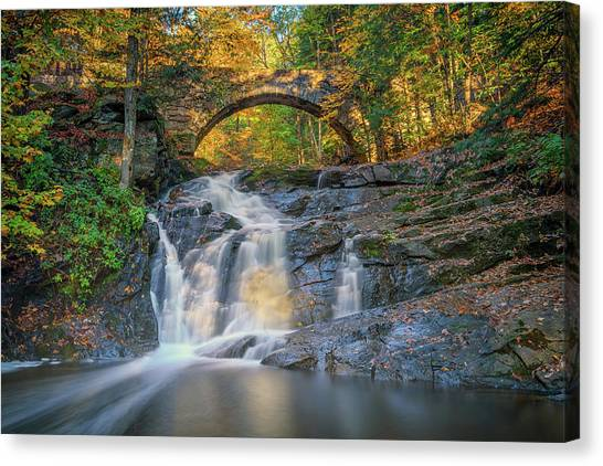 Canvas Print featuring the photograph High Arch Bridge In Vaughan Woods by Rick Berk