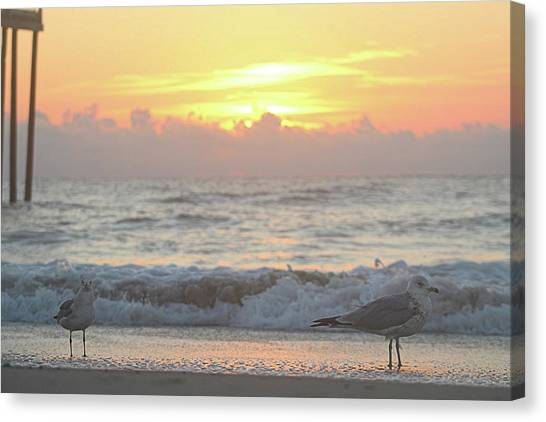 Canvas Print featuring the photograph Hint Of Sunrise by Robert Banach