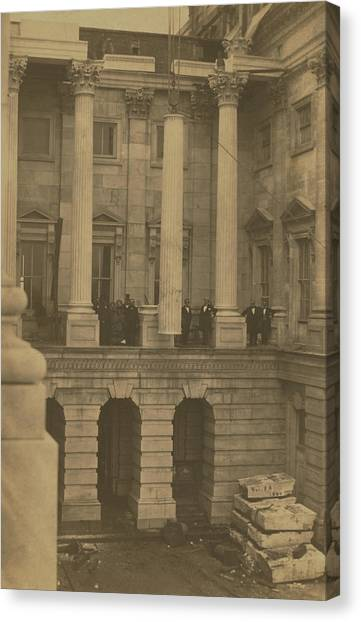 Hoisting Final Marble Column At United States Capitol Canvas Print