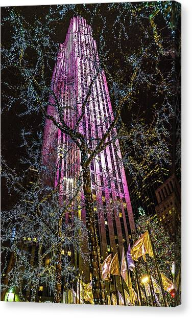 Canvas Print featuring the photograph Holiday At 30 Rock by Chris Lord