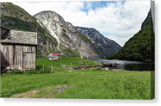 Canvas Print featuring the photograph Holmaviki, Norway by Andreas Levi