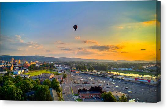 Hot Air Ballon Sunset Canvas Print