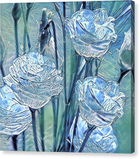 Ice Lisianthus Canvas Print