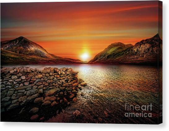 Canvas Print - Idwal Lake Sunset by Adrian Evans
