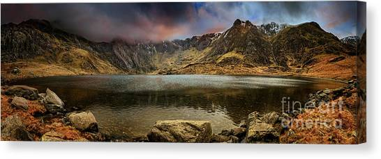Canvas Print - Idwal Lake Winter Sunset by Adrian Evans