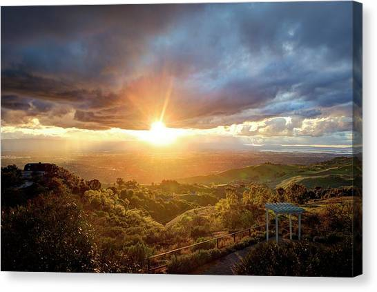 Canvas Print featuring the photograph I'm Flyin', I'm Flyin' High Like A Bird by Quality HDR Photography