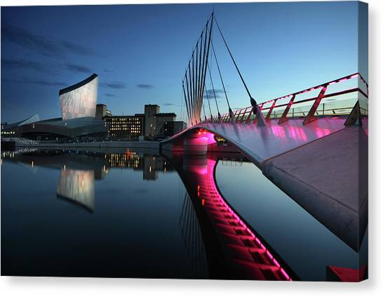 Imperial War Museum With Swing Bridge Canvas Print