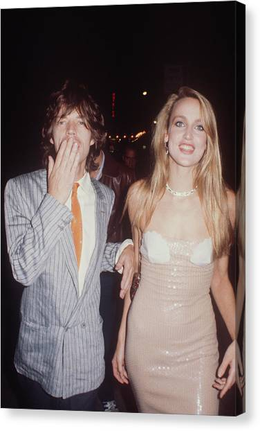 Jerry Hall And Mick Jagger Canvas Print by Art Zelin