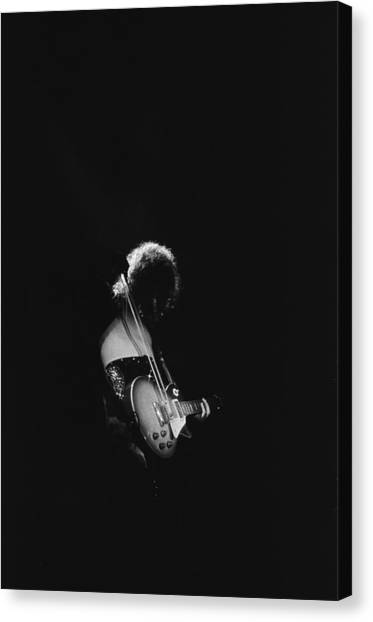 Jimmy Page Canvas Print - Jimmy Page At The Forum by Michael Ochs Archives