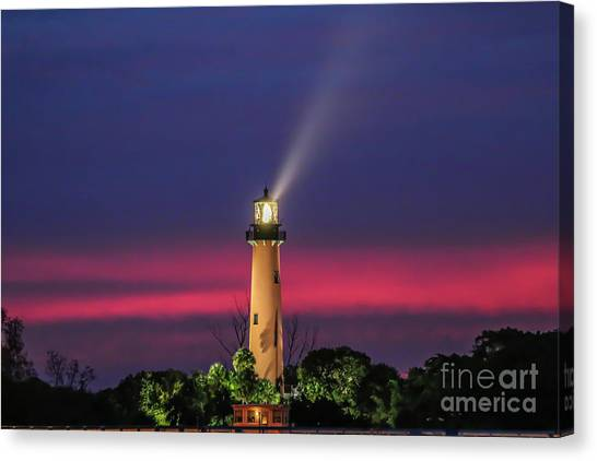 Canvas Print featuring the photograph Jupiter Light Beam by Tom Claud