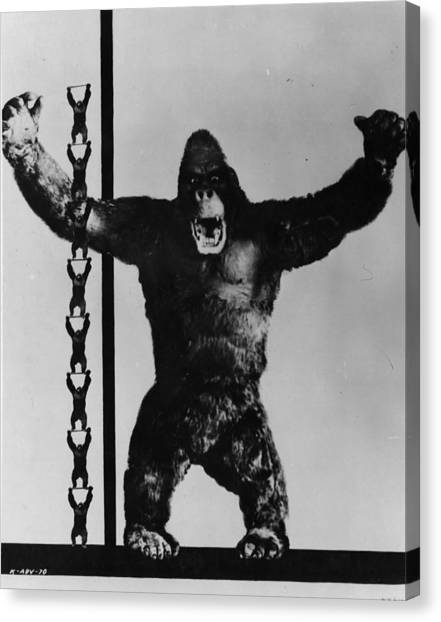 King Kong Canvas Print by General Photographic Agency