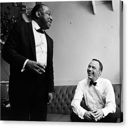 L-r Count Basie And Frank Sinatra Canvas Print by John Dominis