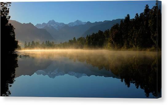 Lake Matheson Morning Canvas Print