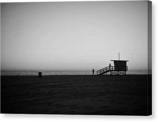 Lifeguard Tower In Santa Monica Canvas Print by Stephen Albanese