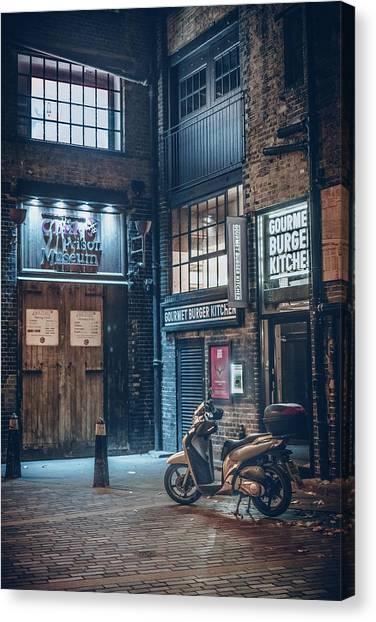 London Foggy Corners Canvas Print