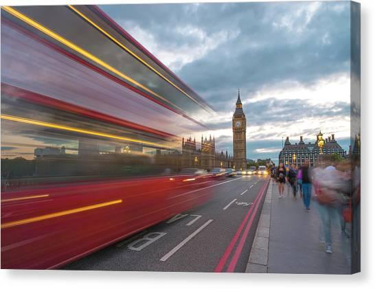 London Rush Hour Canvas Print by Rob Maynard