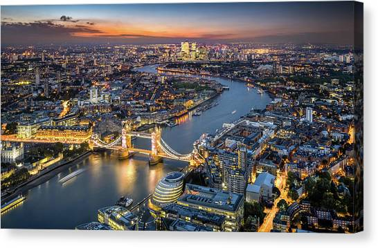 London Skyline With Tower Bridge At Canvas Print by Tangman Photography