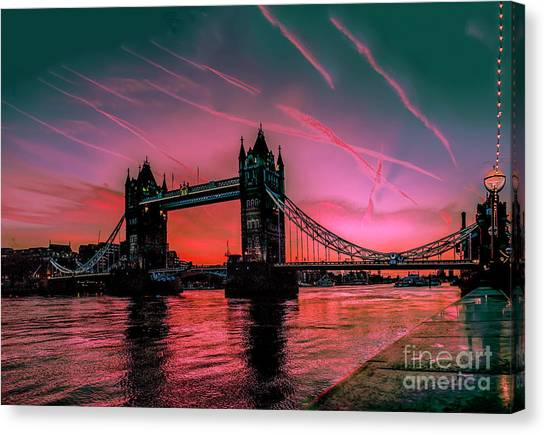 London Tower Bridge Sunrise Pano Canvas Print