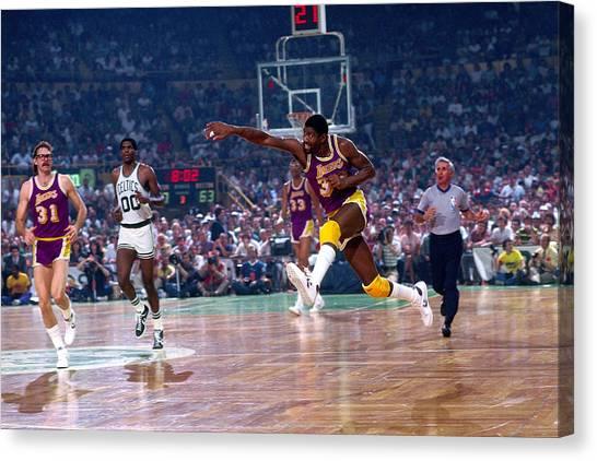 Los Angeles Lakers V Boston Celtics Canvas Print by Dick Raphael