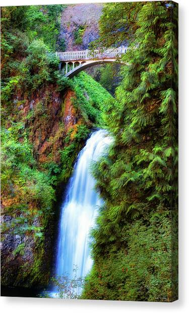 Lower Multnomah Waterfall In The Columbia River Gorge Canvas Print
