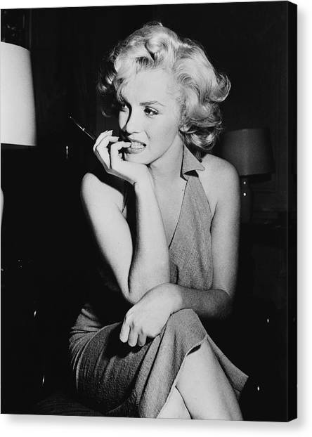 Marilyn Monroe Canvas Print by Keystone Features