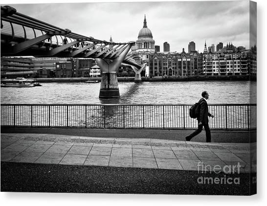 millennium Bridge 02 Canvas Print