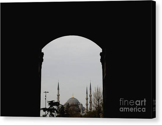 minarets in the city for the prayer of the Muslim religion Canvas Print