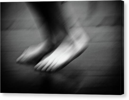 Canvas Print featuring the photograph Modern Dance 33 by Catherine Sobredo