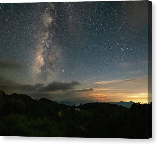 Moonset Milky Way And Shooting Star Canvas Print