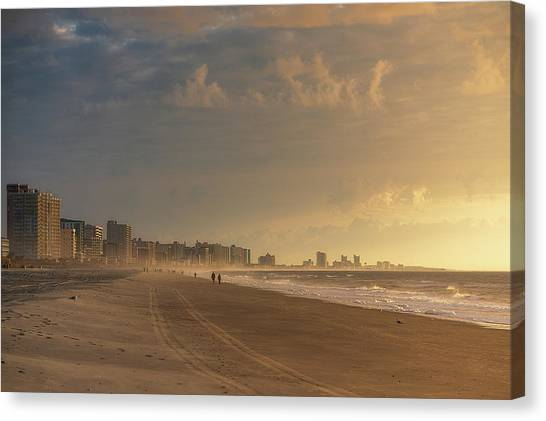 Myrtle Sunrise Canvas Print