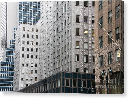 Horizontal Canvas Print - New York Architecture by Melanie Hobson