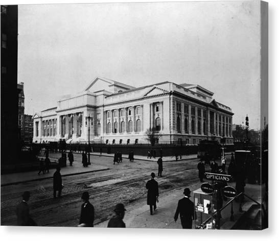 New York Public Library Main Branch Canvas Print by Fpg