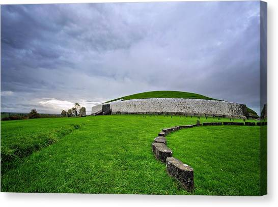 Newgrange Megalithic Passage Tomb Canvas Print by Michelle Mcmahon