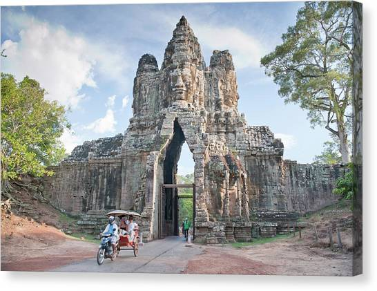 North Gate, Angkor Thom, Angkor, Unesco Canvas Print by Andrew Stewart / Robertharding