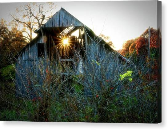 Old Barn At Sunset Canvas Print