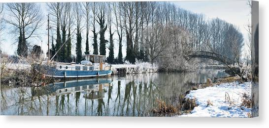 Old House Boat On The River Thames In Winter Canvas Print by Tim Gainey