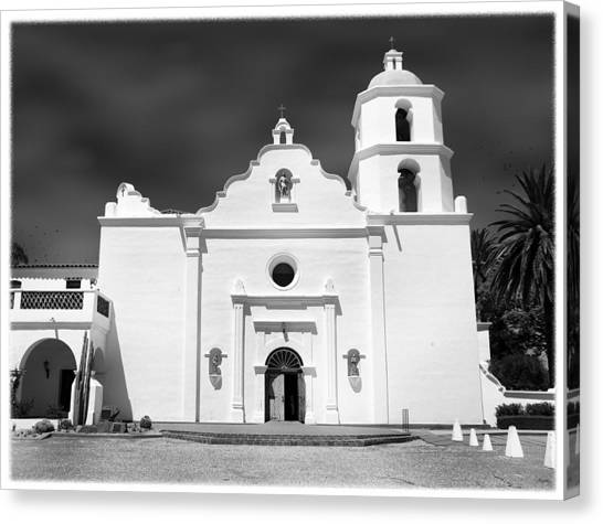 Old Mission San Luis Rey De Francia Canvas Print