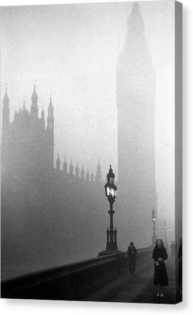 Parliament Fog Canvas Print by Kurt Hutton