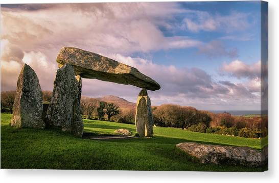 Canvas Print featuring the photograph Pentre Ifan Burial Chamber by Elliott Coleman